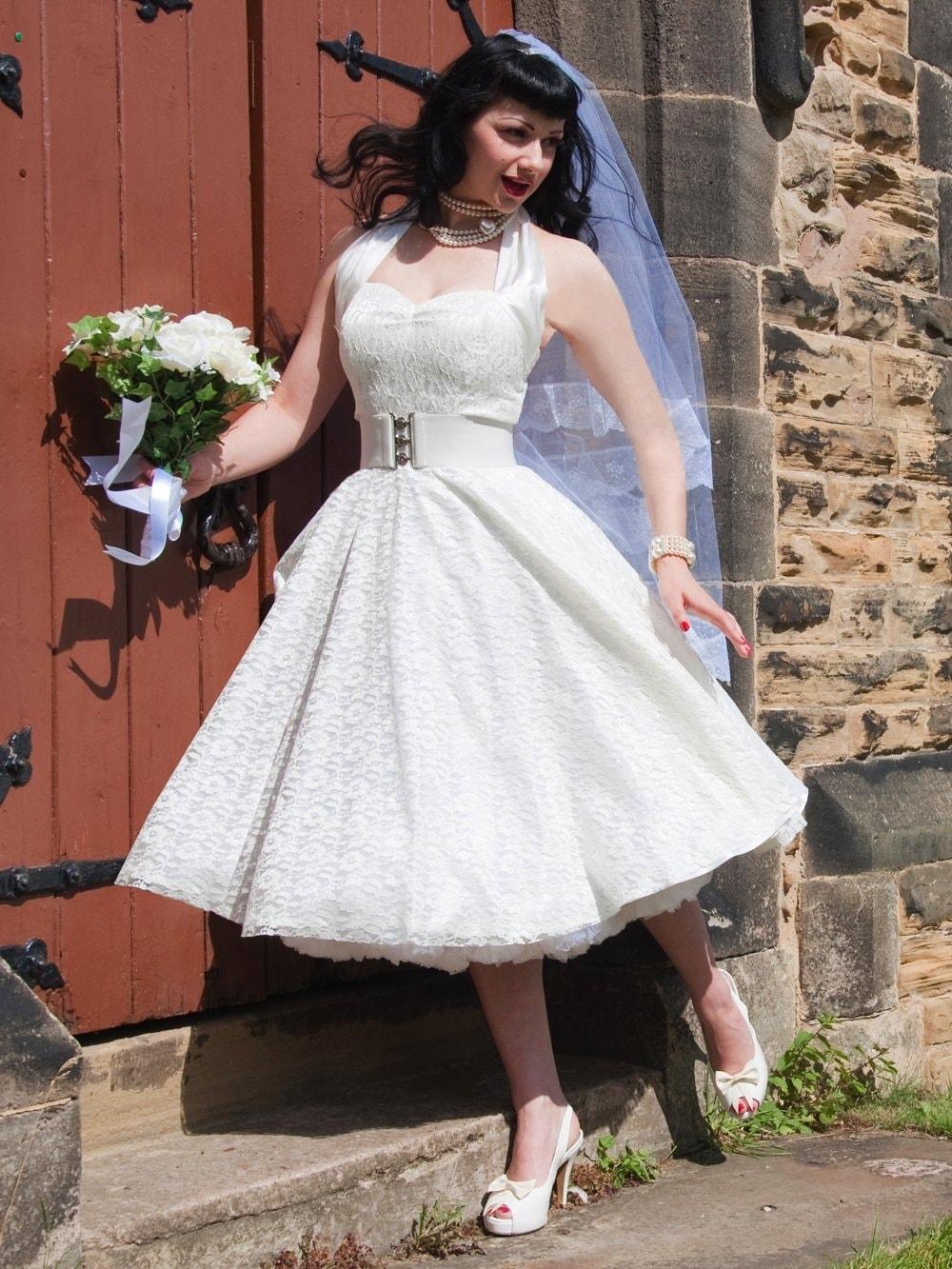 1950s Halterneck Luxury Ivory Satin Lace Dress from Vivien of Holloway