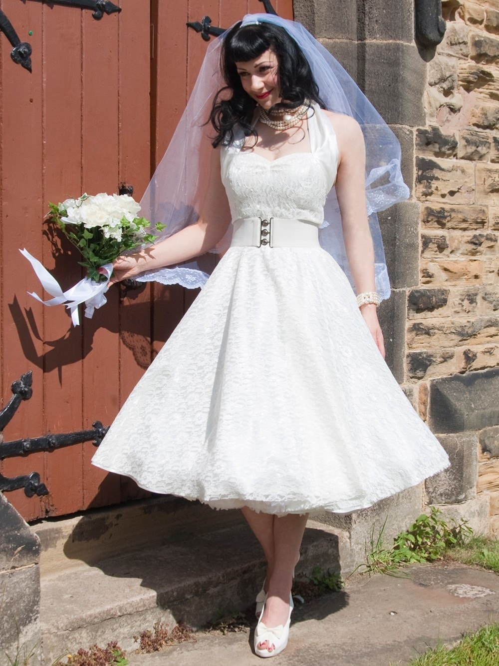 1950s Halterneck Luxury White Satin Lace Dress From Vivien Of Holloway,Summer Wedding Dresses Guest 2020