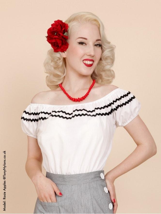 Gypsy Top Classic White Black Trim