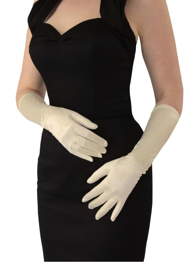 Medium Gloves Ivory Pearls