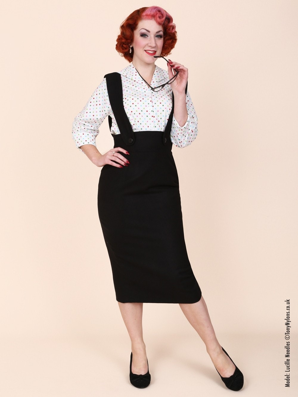 3f8fa61849f2 Pinafore Skirt Black Flannel from Vivien of Holloway