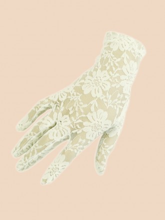 Short Gloves Antique Lace
